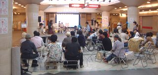 2012わかちあい祭り全体2.JPG